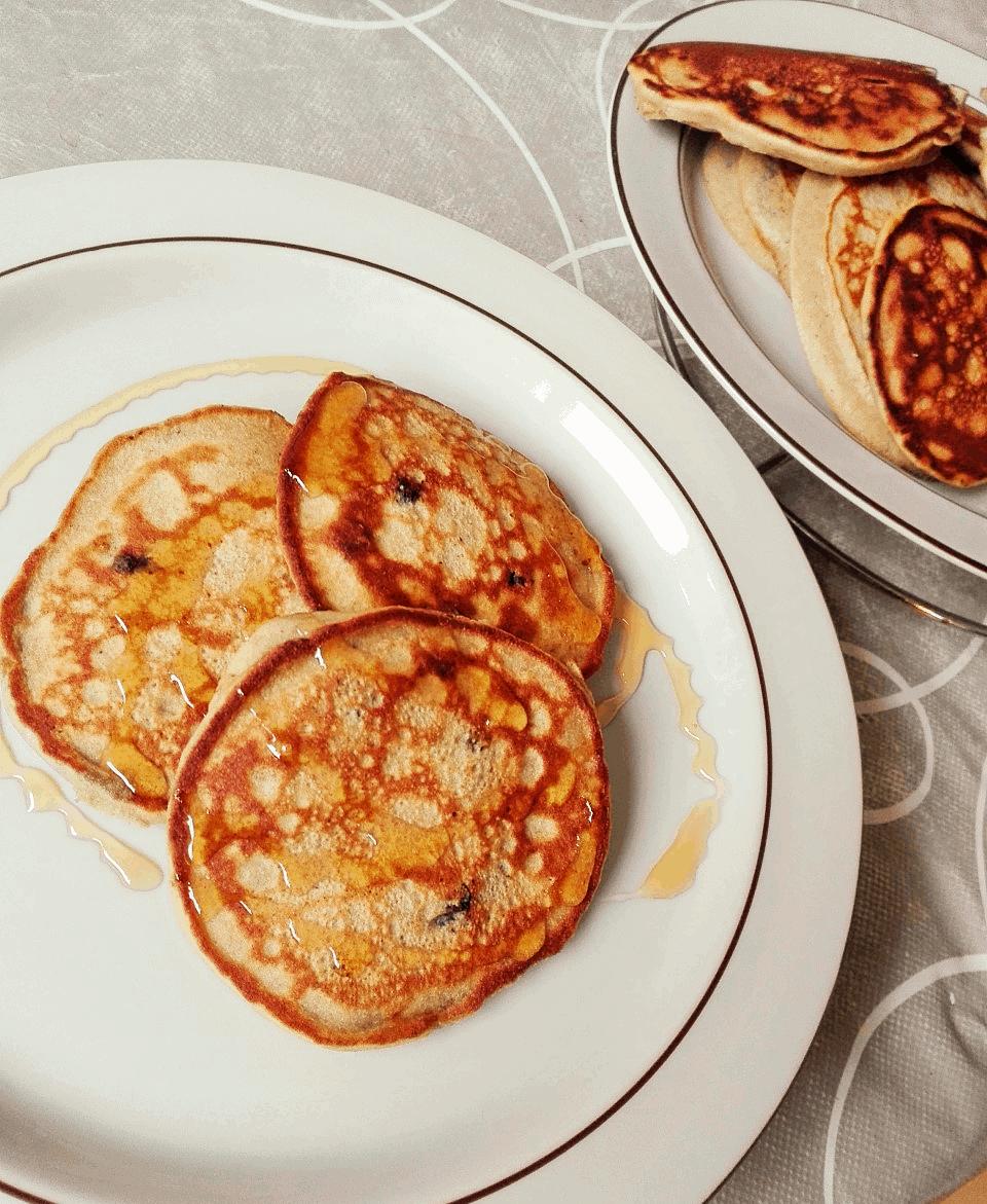 Glutenfri Amerikanske Pandekager med Blåbær