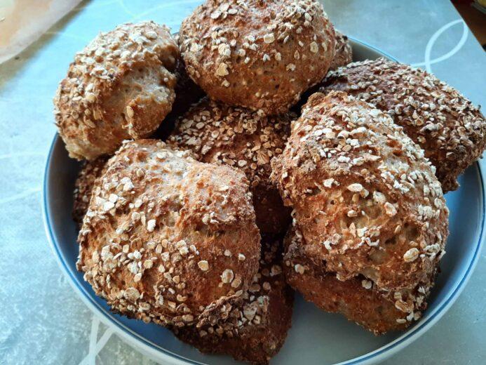 Færfige glutenfri grovboller